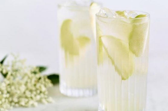 Apple and Elderflower Gin & Tonic